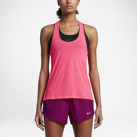 78b1a83b46123 Nike breathe drifit women s running tank top M
